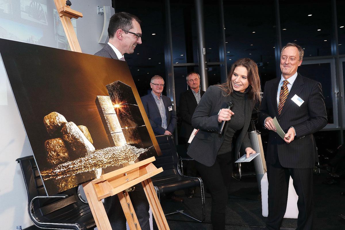 Preisverleihung Unternehmerverband Duisburg Recovery Fotowettbewerb Haus der Unternehmer