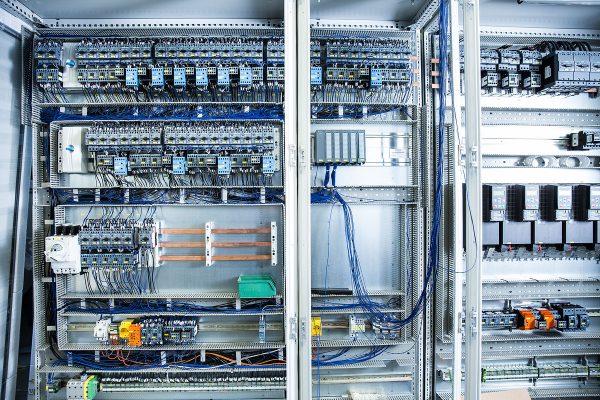 Schaltschrank Opdenhoff Automation & IT Jennifer Wolf Industriefotografie Hennef Köln Bonn